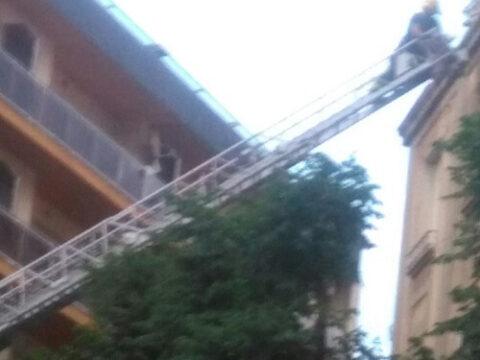 Retirada de losetas de la fachada en Ciudad Real